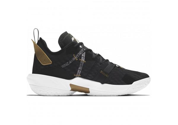 Кроссовки Nike Air Jordan Why Not Family черные с золотым