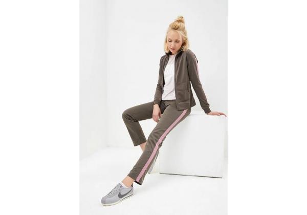 Костюм спортивный женский Nike WOMEN'S SPORTSWEAR TRACK SUIT хаки
