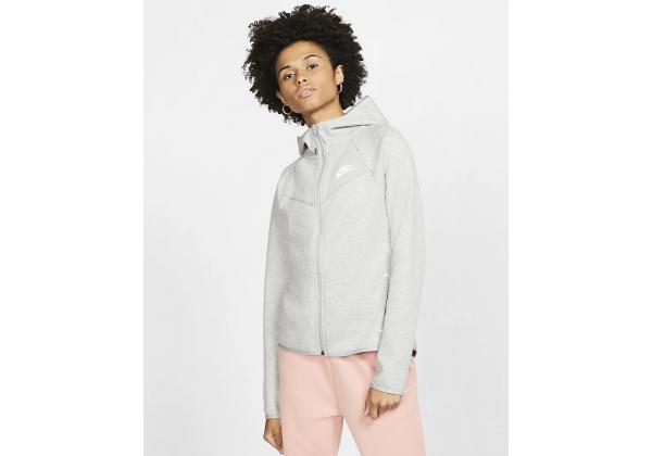 Костюм женский Nike Sportswear Tech Fleece белый
