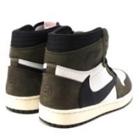 Кроссовки зимние Nike Air Jordan 1 Travis Scott с мехом коричнево-белый