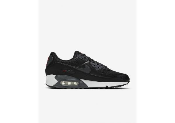 Nike Air Max 90 черные с белой подошвой