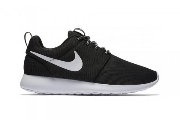 Кроссовки Nike Air Roshe Run Black White
